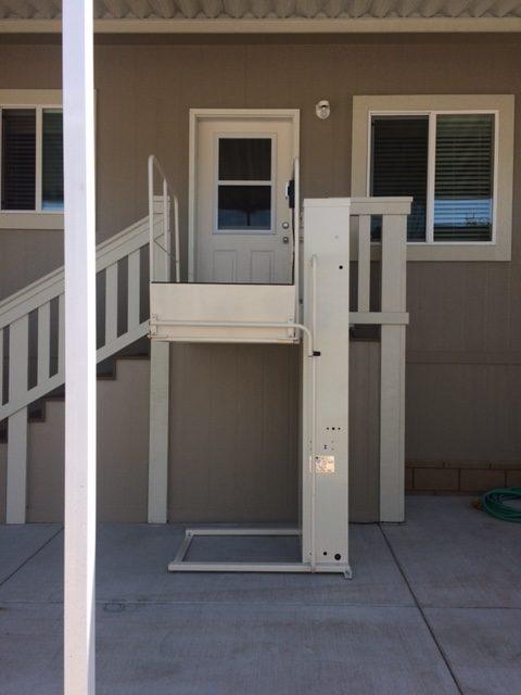 phoenix-Wheelchair-Elevators vpl sosmobility commercial ada